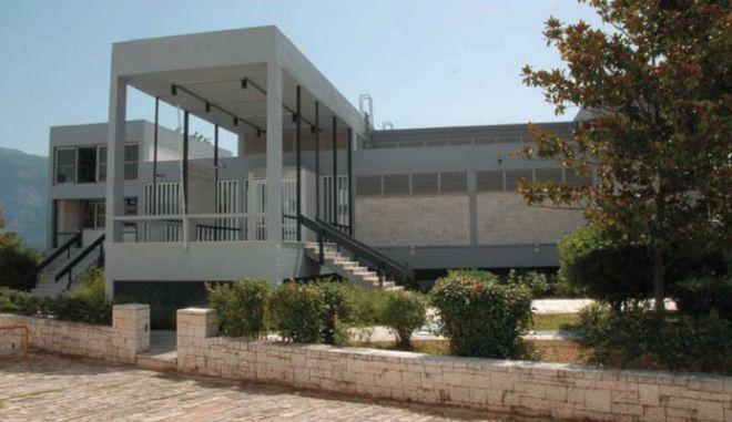 Λιποθυμίες μαθητριών μετά από επίσκεψη σε μουσείο στα Ιωάννινα