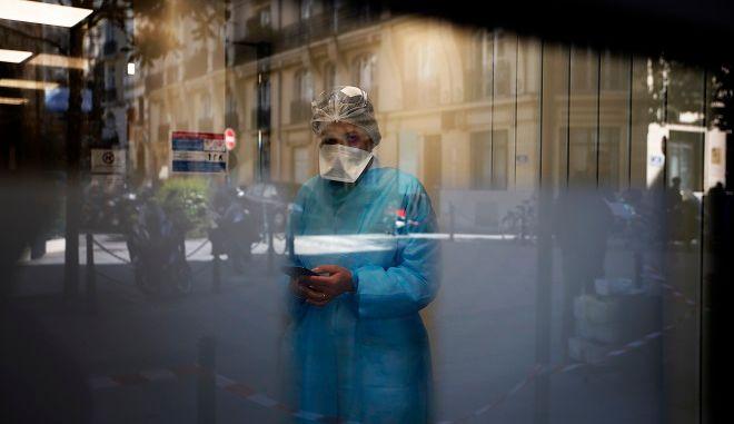Γιατρός σε νοσοκομείο της Γαλλίας