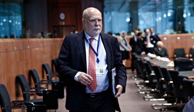 Βίζερ: Ενδεδειγμένο η Ελλάδα να πάρει επαρκή ελάφρυνση χρέους