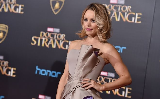 Rachel McAdams arrives at the Los Angeles premiere of