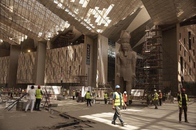 Εικόνα από τις εργασίες κατασκευής του Μεγάλου Μουσείου του Καΐρου