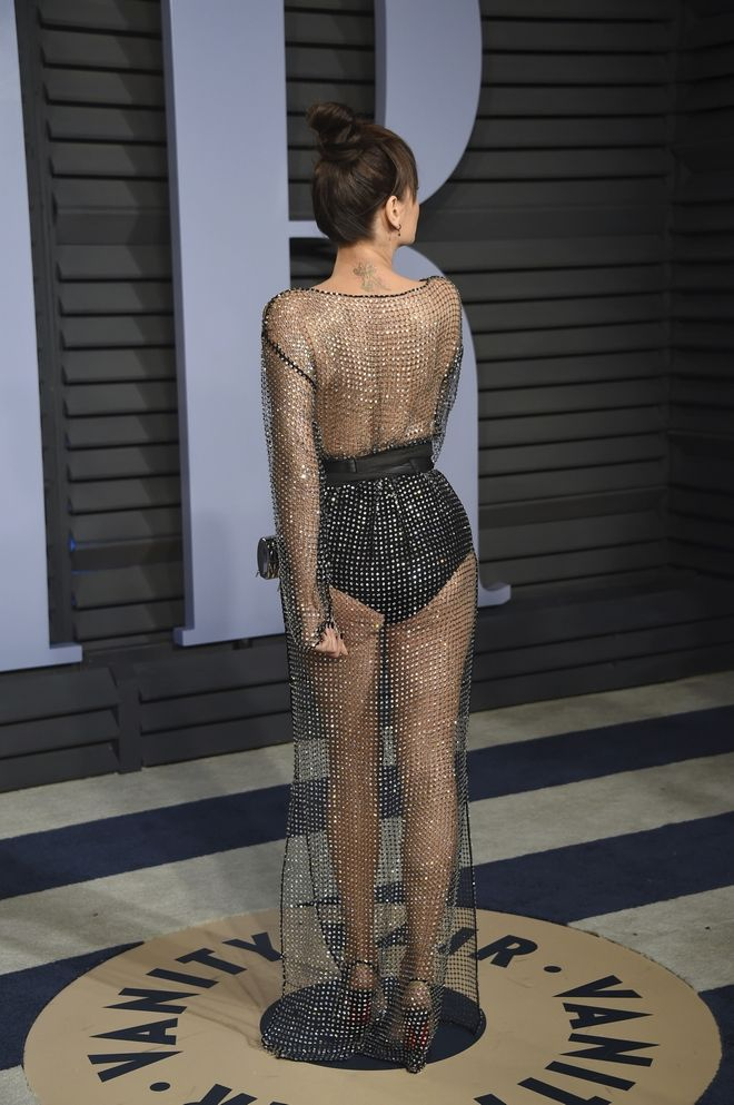 EDS NOTE: NUDITY - Bleona Qereti arrives at the Vanity Fair Oscar Party on Sunday, March 4, 2018, in Beverly Hills, Calif. (Photo by Evan Agostini/Invision/AP)