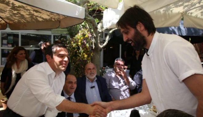 Ο Αλ. Τσίπρας συνάντησε τον Γιώργο Σαμαρά στο Ηράκλειο