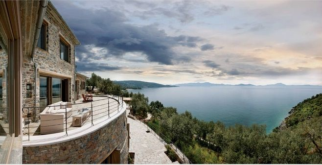 Αυτά είναι τα πιο εντυπωσιακά σπίτια στα βουνά της Ελλάδας