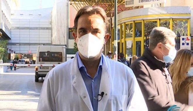 Διευθυντής Νοσηλευτικής Ευαγγελισμού: Καμία παρενέργεια ή πόνος από το εμβόλιο