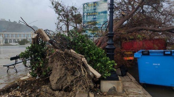 Καταστροφές στην Ζάκυνθο από το πέρασμα του Ιανού.
