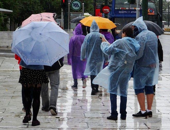 Βροχή στην Αθήνα την Πέμπτη 18 Μαΐου 2017. (EUROKINISSI/ΓΙΩΡΓΟΣ ΚΟΝΤΑΡΙΝΗΣ)