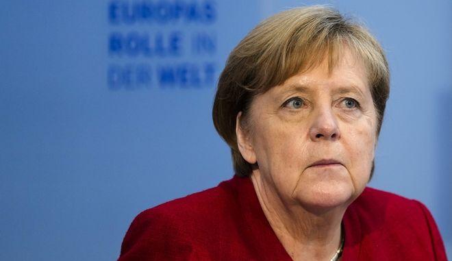 Μέρκελ: Αποκλείεται νέο κλείσιμο των συνόρων