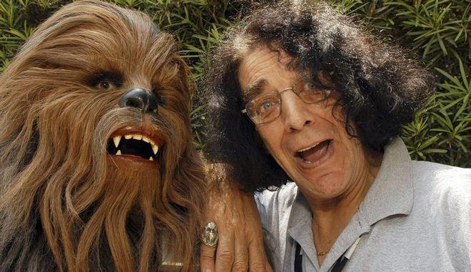 "Star Wars: Πέθανε ο Peter Mayhew, ο θρυλικός ""Chewbacca"""