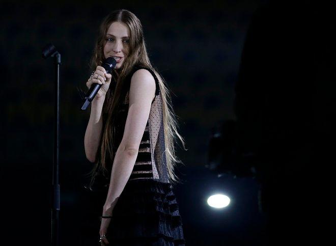 Η Σένεκ από το Βέλγιο θα τραγουδήσει στην Eurovision 2018 το