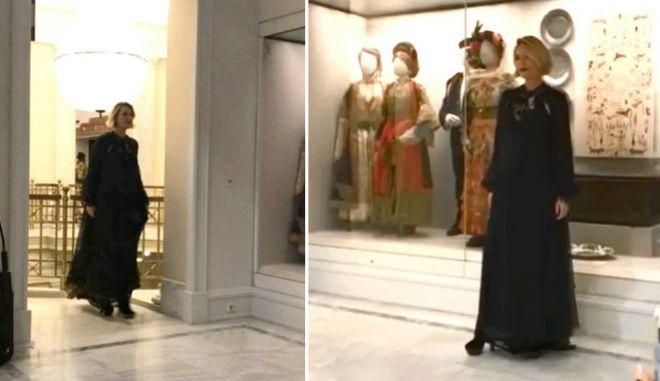 Η επτά μηνών έγκυος Βίκυ Καγιά κάνει πασαρέλα για τον Jean Paul Gaultier