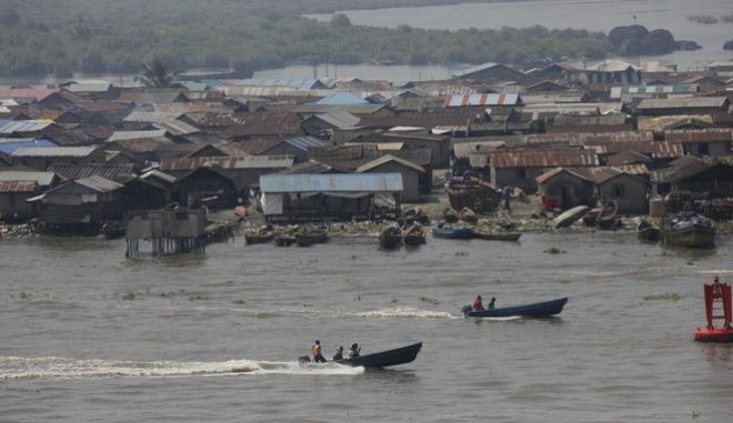 Νιγηρία: 18 άνθρωποι πνίγηκαν από ανατροπή πλοιάριου - Οι 15 ανήλικοι