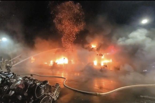 Από τη φωτιά στο κτίριο της Ταϊβάν.