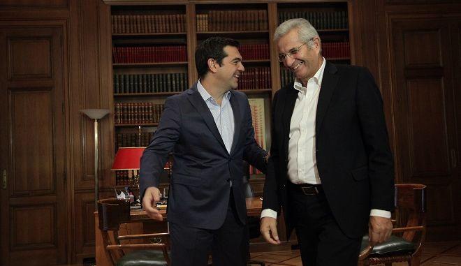 Φωτό αρχείου: Συνάντηση του πρωθυπουργού Αλέξη Τσίπρα με τον Γενικό Γραμματέα του ΑΚΕΛ Άντρο Κυπριανού