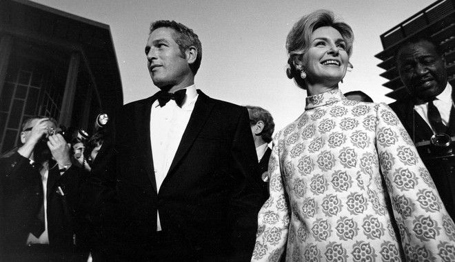 Actress Joanne Woodward, Oscar nominee, arrives with her husband, actor-director Paul Newman, in Los Angeles, Ca., for the 1968 Annual Academy Awards ceremony on April 14, 1969.  Woodward is nominated for best actress for her role in