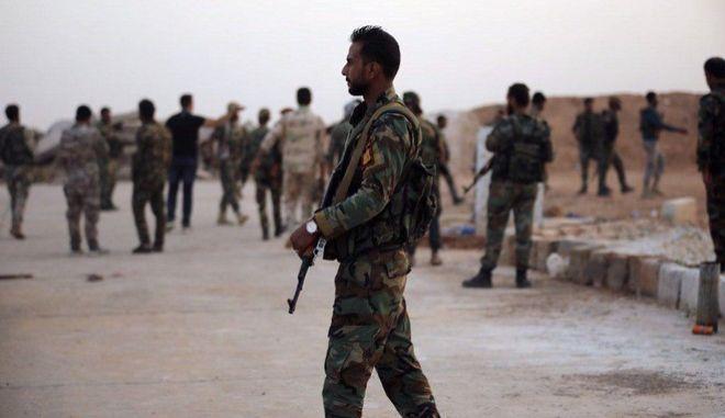 Δυνάμεις του Συριακού στρατού στη Ράκκα