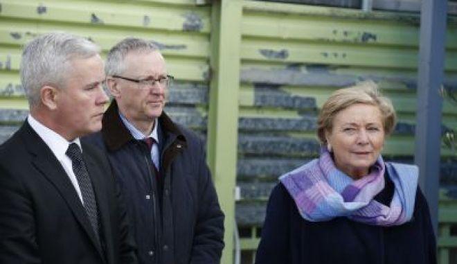 Ο Ιρλανδός πρωθυπουργός Λίο Βαράντκαρ προκήρυξε σήμερα πρόωρες βουλευτικές εκλογές για τις 8 Φεβρουαρίου.