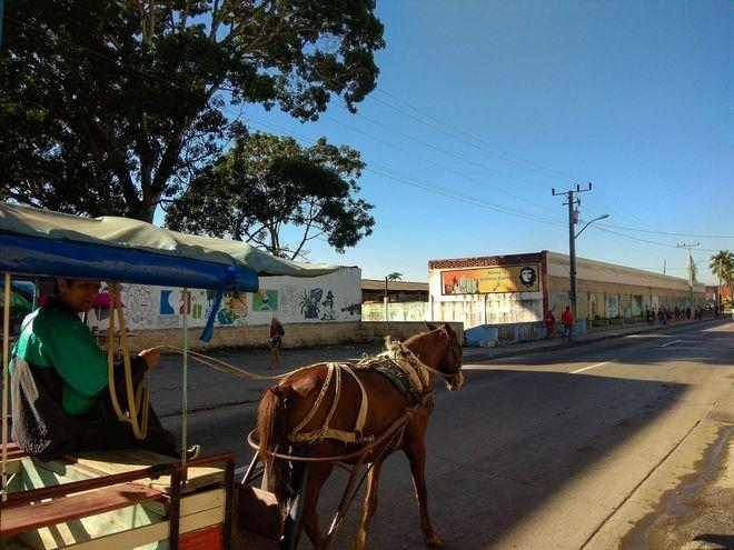 Καθ οδόν προς το μαυσωλείο του Τσε στη Σάντα Κλάρα