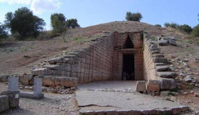 'Πόλεμος' για την αρχαία 'λεκάνη': Έβγαλαν συμπέρασμα χωρίς στοιχεία, υποστηρίζει ο καθηγητής Μαγγίδης