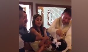 3χρονη λούζει με βρισιές τον ιερέα που την βαπτίζει