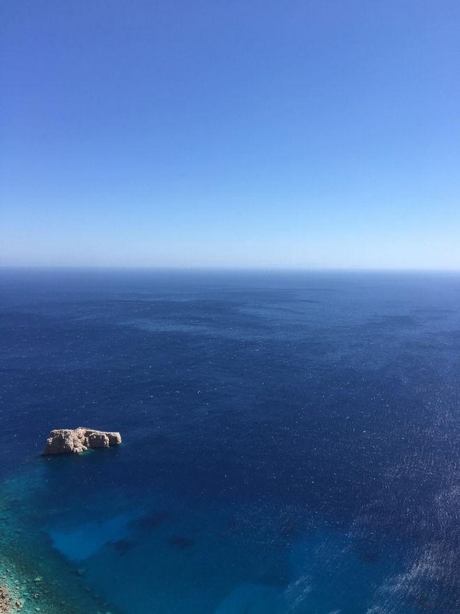 Η καρδιά του 2ου Διεθνούς Τουρνουά Ελεύθερης Κατάδυσης χτυπά στο απέραντο γαλάζιο της Αμοργού