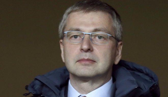 Σε καραντίνα χλιδής στον Σκορπιό ο μεγιστάνας Ριμπολόβλεφ