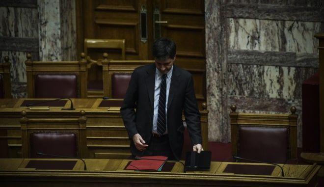 Συζήτηση και ψήφιση νομοσχεδίου του Υπουργείου Οικονομικών για την κύρωση του Ισολογισμού και του Απολογισμού του Κράτους για το έτος 2015. Τρίτη 21 Νοεμβρίου 2017(EUROKINISSI//ΤΑΤΙΑΝΑ ΜΠΟΛΑΡΗ)