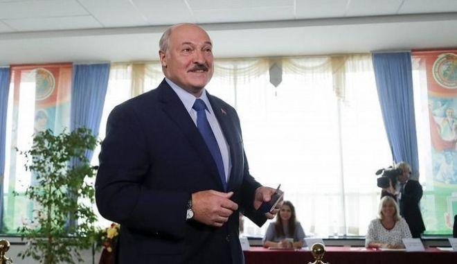 Ο εν ενεργεία πρόεδρος της Λευκορωσίας, Αλεξάντερ Λουκασένκο