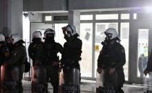 Στα δικαστήρια Πειραιά οδηγήθηκαν οι αστυνομικοί που ενεπλάκησαν στο περιστατικό καταδίωξης στο Πέραμα