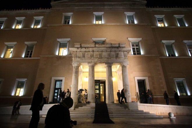 Εκτάκτως συνεδρίασε το ΚΥΣΕΑ και το υπουργικό συμβούλιο στην Βουλή, Τρίτη 1 Νοεμβρίου 2011. (EUROKINISSI // ΓΙΑΝΝΗΣ ΠΑΝΑΓΟΠΟΥΛΟΣ)