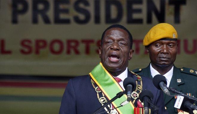 Έμερσον Μνανγκάγκουα: Ο 'Κροκόδειλος' στην προεδρία της Ζιμπάμπουε