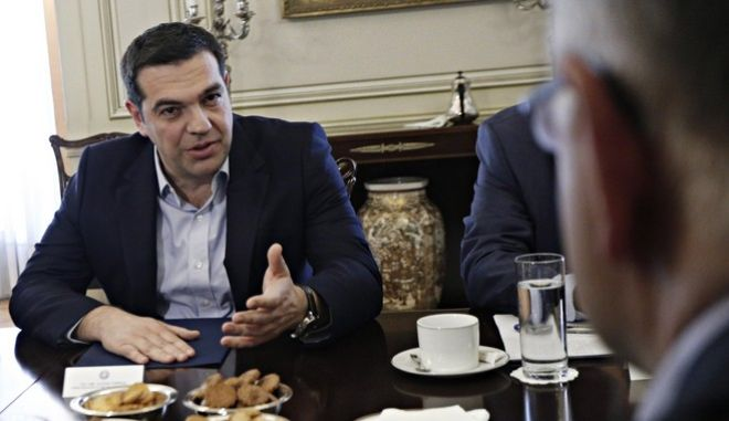 Meeting between the Greek Prime Minister Alexis Tsipras and delegation of the Commission's Working Group on Economic and Monetary Affairs (ECON) of the European Parliament, at the Maximos Mansion in Athens on March 30, 2016. /   ,  ,            (ECON)   ,     ,  30  2016.