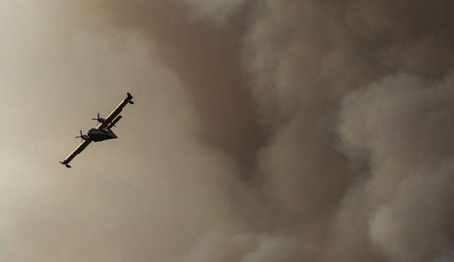 Εικόνα από φωτιά - Φωτό αρχείου