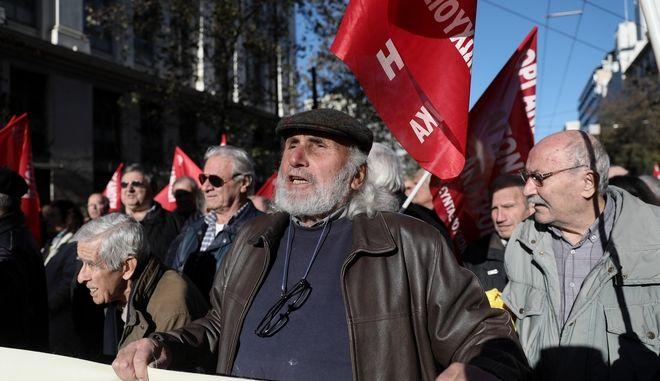 Πορεία διαμαρτυρίας από συνταξιουχικές οργανώσεις. (φωτογραφία αρχείου)