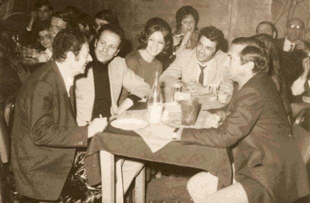 30 χρόνια από τον θάνατο του Βασίλη Τσιτσάνη - Το άγνωστο αντιστασιακό τραγούδι και η θητεία με τον Φλωράκη