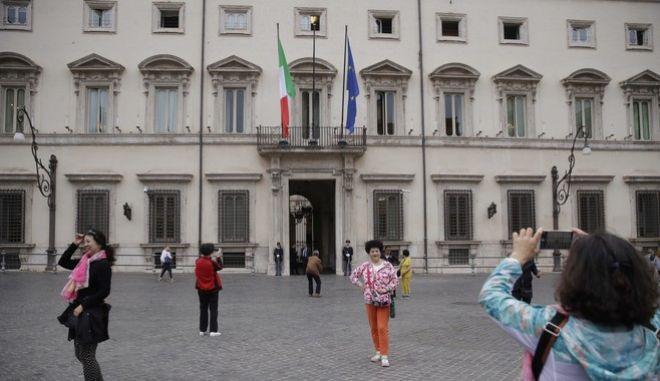 Το πρωθυπουργικό μέγαρο στη Ρώμη αναμένει το νέο του ένοικο