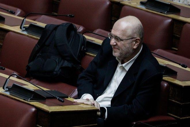 Ο βουλευτής του ΣΥΡΙΖΑ Τρύφωνας Αλεξιάδης στα βουλευτικά έδρανα