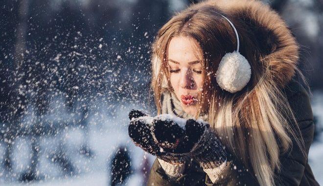 Οι top θεραπείες για να δώσεις λάμψη στο πρόσωπό σου