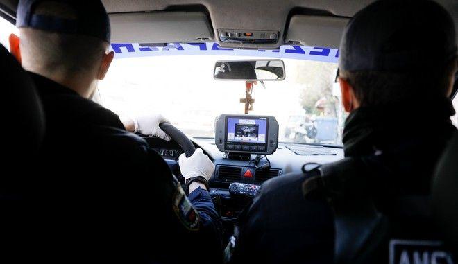 Έλεγχοι της αστυνομίας για άσκοπες μετακινήσεις