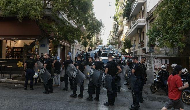 Αστυνομική επιχείρηση για την εκκένωση κατάληψης στην οδό Φιλολάου 99 στο Παγκράτι.
