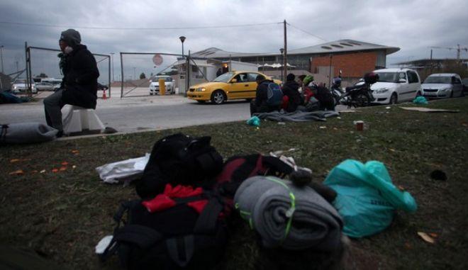 Πρόσφυγες στο κλειστό του Tae Kwon Do αργά το απόγευμα της Τετάρτης 16 Δεκεμβρίου 2015. (EUROKINISSI/ΑΛΕΞΑΝΔΡΟΣ ΖΩΝΤΑΝΟΣ)