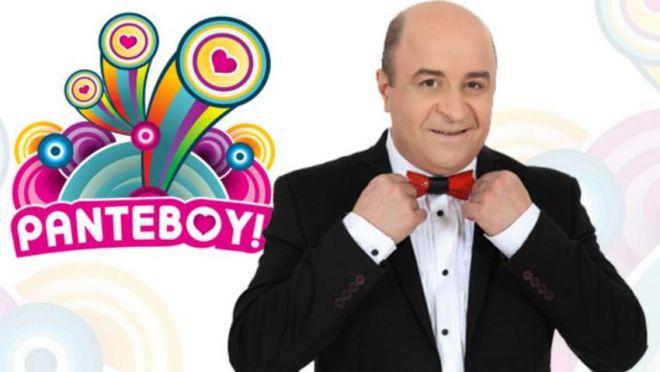 Ο Μάρκος Σεφερλής στην παρουσίαση του τηλεπαιχνιδιού «Ραντεβού» από τη συχνότητα του Star