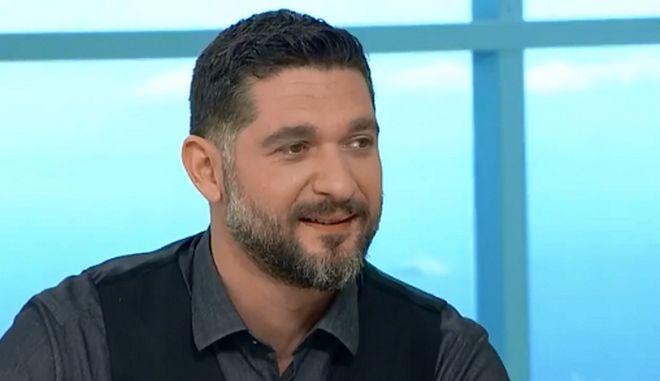 """Βίντεο: Ο Πάνος Ιωαννίδης σχολιάζει τους παίκτες του MasterChef και το """"κουλί"""""""