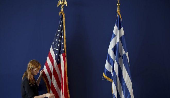 Σημαίες Ελλάδας και ΗΠΑ