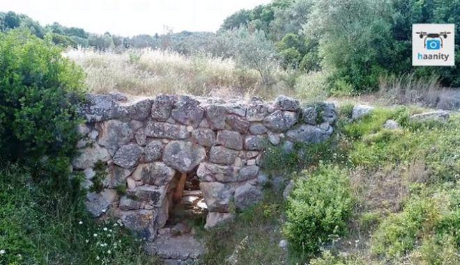 """""""Περπατήστε"""" στην αρχαιότερη γέφυρα Ελλάδας και Ευρώπης που χρησιμοποιείται ακόμα"""