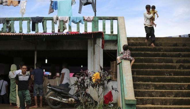 Φιλιππίνες: Τουλάχιστον 24 νεκροί από ασθένειες σε καταυλισμούς εκτοπισμένων