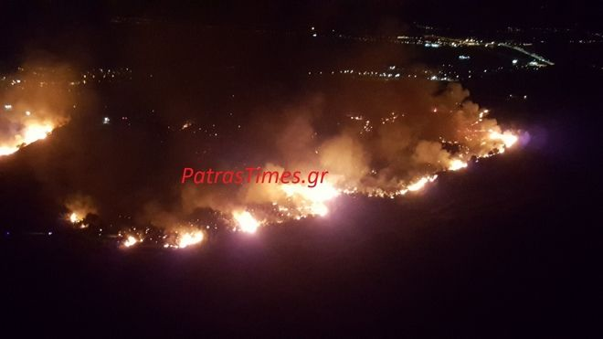 Πάτρα: Ολονύχτια μάχη με τις φλόγες στα Συχαινά - Εκκενώθηκαν σπίτια