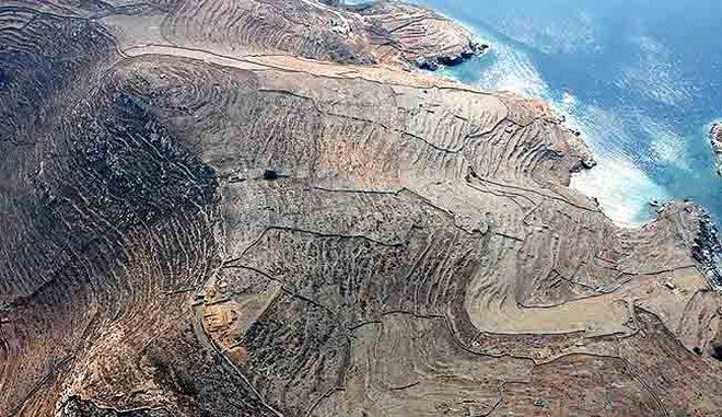 Αεροφωτογραφία του Βρυοκάστρου, από τα Βόρεια (φωτ. Κ. Μαζαράκη Αινιάνος).