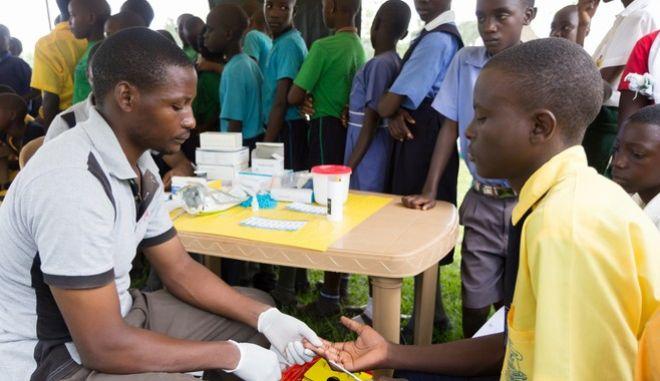 Έλεγχος για HIV στην Ουγκάντα