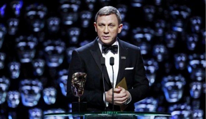 Αγνώριστος ο Ντάνιελ Κρεγκ στα BAFTA: Σάλος στα social media για τον 'γερασμένο' Τζέιμς Μποντ